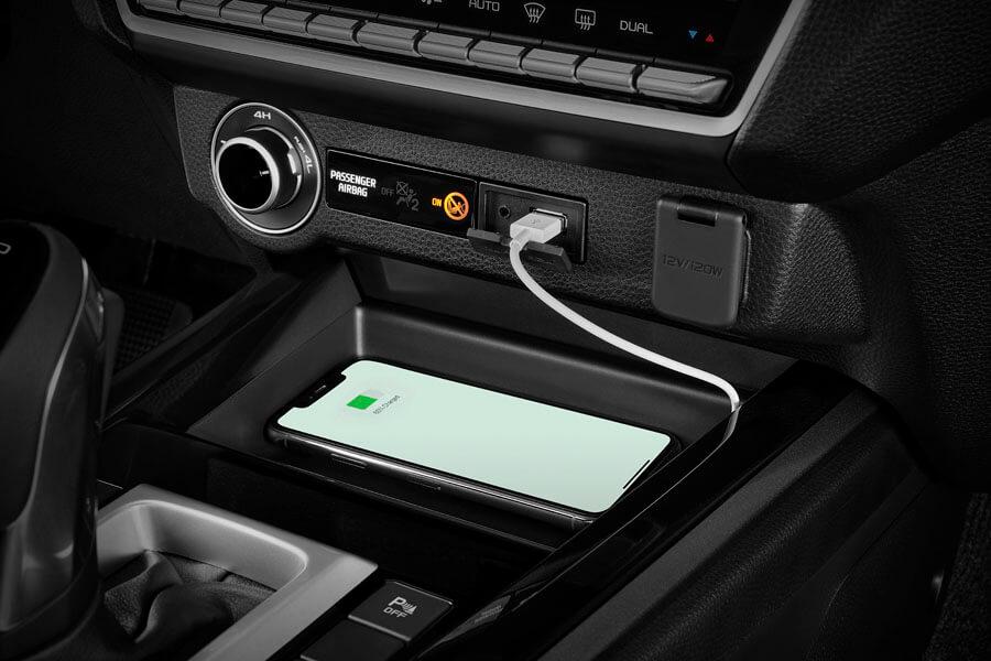 Isuzu Pickup D-Max USB ladning